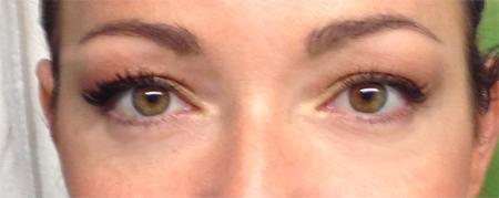 un oeil sur deux mascara 3D younique